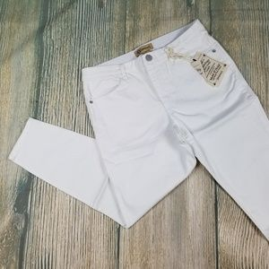 New DEMOCRACY white cropped jeggings